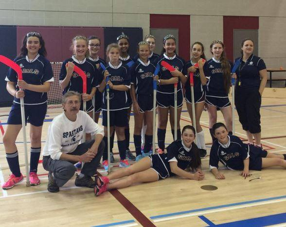 U14 Girls Floor Hockey Team Takes Home Bronze