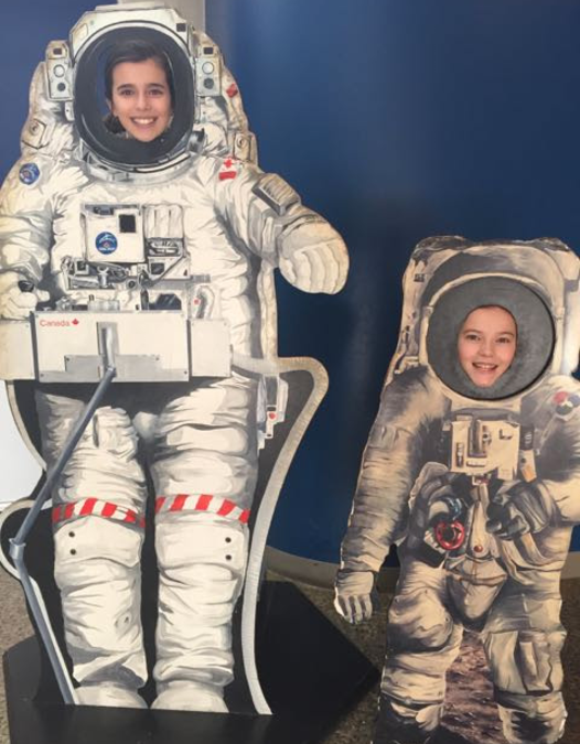 Grade 6 Students Visit the Ontario Science Centre